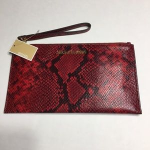 NWT Michael Kors Jet Set Lg Zip Clutch - Red